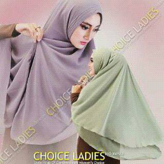 Khimar-Choice-Ladies-Model