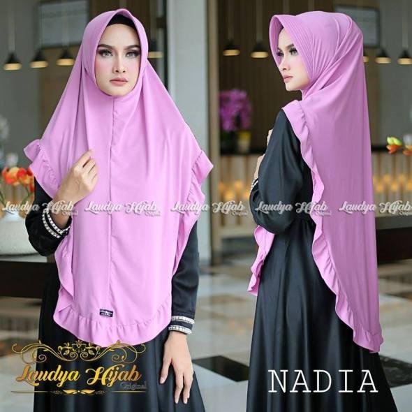 Nadia Khimar Jersey Super Pet Antem by Laudya Hijab